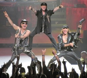 Scorpions-say-goodnight1