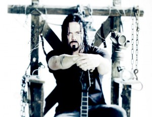 Buzz-Evergrey-3