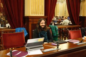 Balti-Picornell-president-Parlament-dimarts_1738036323_38398625_1600x1066
